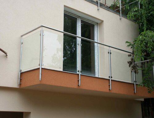 Kültéri üvegkorlát egyedi gyártása, magas színvonalon!